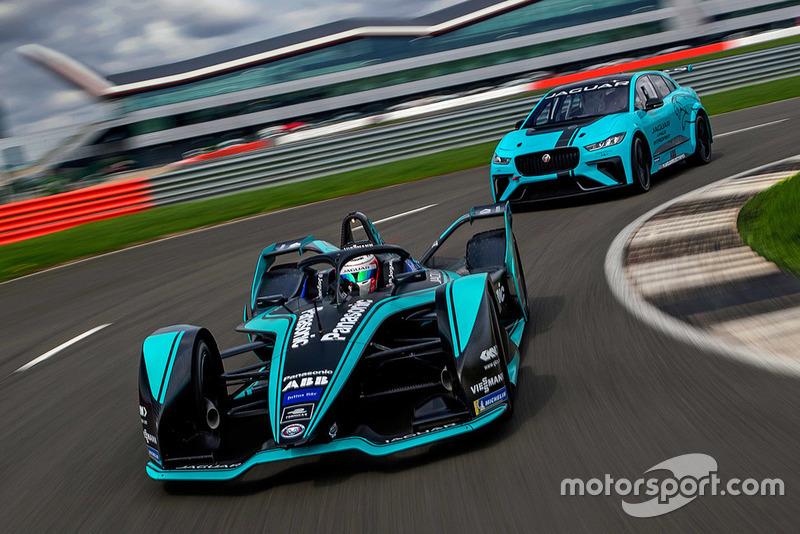 Nelson Piquet Jr., Jaguar Racing I-TYPE 3 en Jaguar I-Pace eTrophy