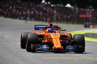 Fernando Alonso, McLaren MCL33 sur la grille