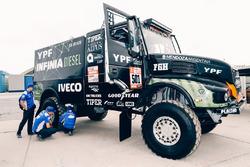 Федерико Вильягра, Рикардо Торлаши и Адриан Якопини, Team De Rooy Iveco (№501)