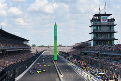 Start: Ed Carpenter, Ed Carpenter Racing Chevrolet leads