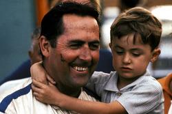 Il vincitore della gara Jack Brabham