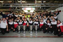 Sébastien Buemi, Anthony Davidson, Kazuki Nakajima, Mike Conway, Kamui Kobayashi, Jose Maria Lopez, Toyota Gazoo Racing celebrate