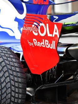 Scuderia Toro Rosso STR12 arka kanat