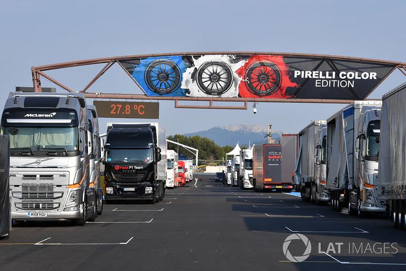 Rettilineo principale e camion