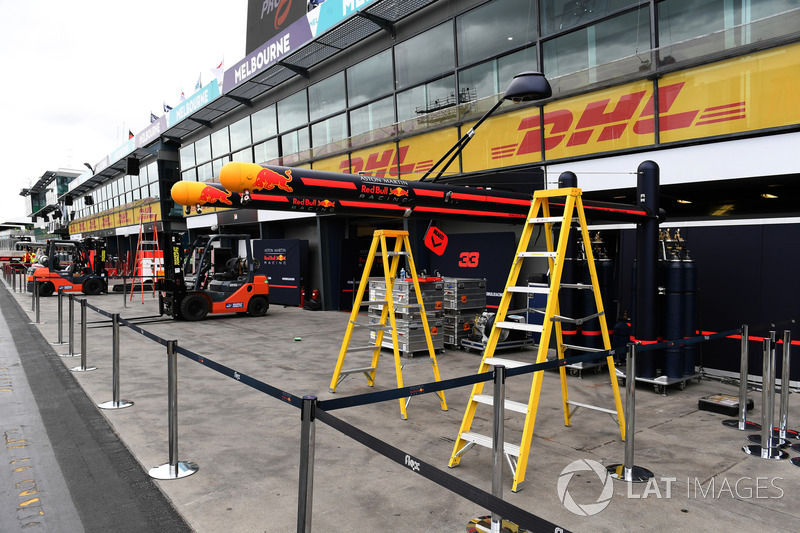 Red Bull Racing pit box preparations