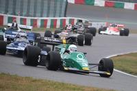 """Masters Historic Formula One""デモレース"