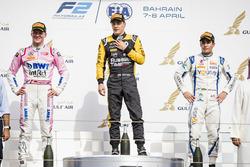 Podium : le deuxième Maximilian Gunther, BWT Arden, le vainqueur Artem Markelov, RUSSIAN TIME, le troisième Sergio Sette Camara, Carlin