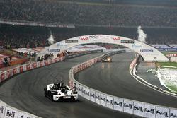 Jenson Button, Team GB y Emanuele Pirro, equipo Mónaco en KTM X-Bows