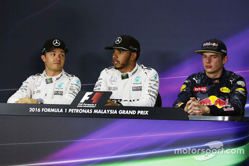 FIA post-qualifying press conference: polesitter Lewis Hamilton, Mercedes AMG F1, second place Nico Rosberg, Mercedes AMG F1, third place Max Verstappen, Red Bull Racing