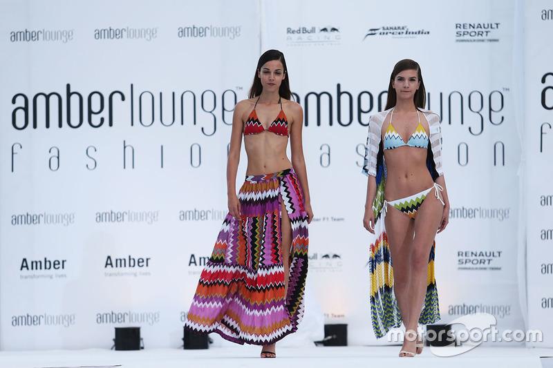 El Amber Lounge Fashion Show