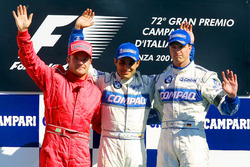 Подиум: второе место – Рубенс Баррикелло, Ferrari; победитель Хуан-Пабло Монтойя, Williams-BMW; третье место – Ральф Шумахер, Williams