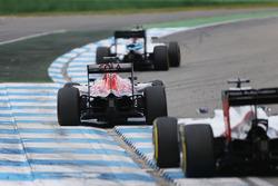 Калос Сайнс мл., Scuderia Toro Rosso STR11