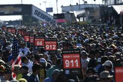 Pre Race Grid Walk Crowd
