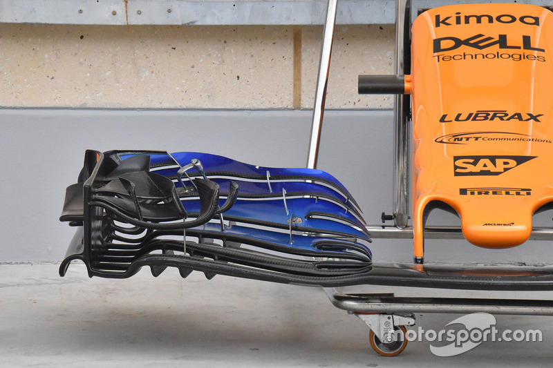 Переднє антикрило McLaren MCL33