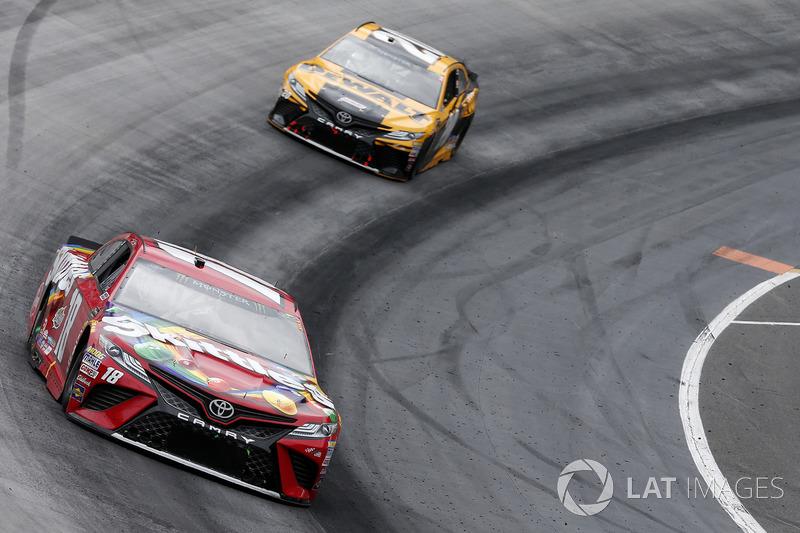 Kyle Busch, Joe Gibbs Racing, Toyota Camry Skittles Erik Jones, Joe Gibbs Racing, Toyota Camry DeWalt