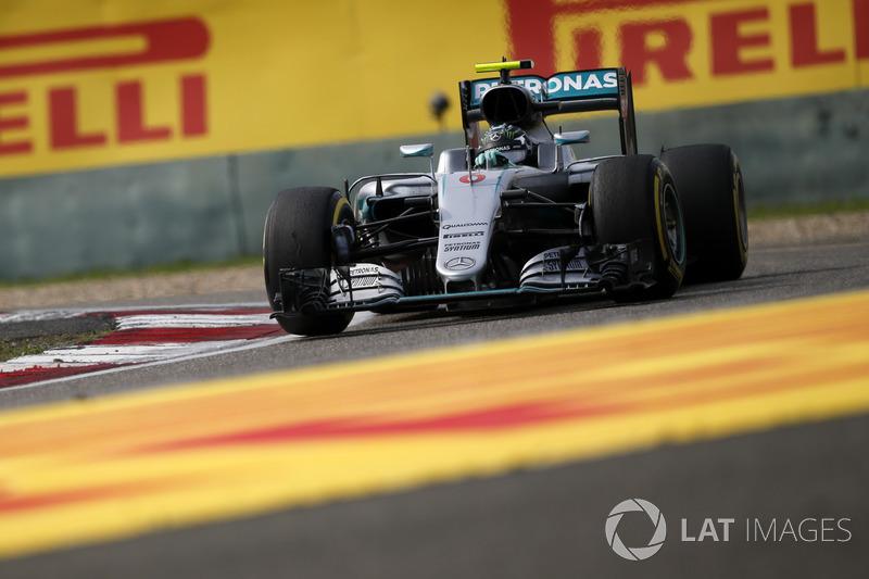 2016: Nico Rosberg, Mercedes F1 W07 Hybrid
