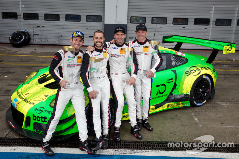 «24 Години Нюрбургринга»: Ріхард Ліц, Патрік Піле, Фредерік Маковецькі, Нік Тенді, Manthey Racing, Porsche 911 GT3 R