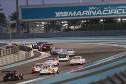 انطلاقة السباق الأول، أبوظبي، بورشه جي تي 3 الشرق الأوسط