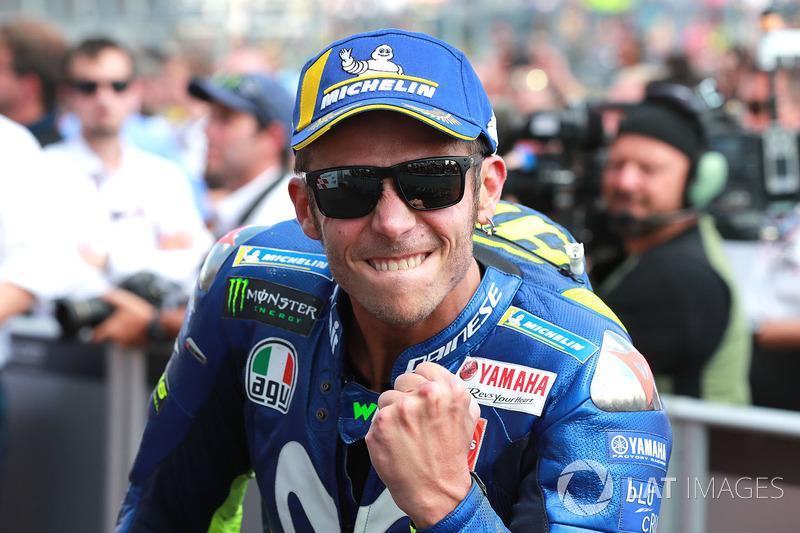 """Valentino Rossi: """"Normalmente Sachsenring é uma pista difícil para a M1, mas conseguimos um pódio duplo. Por isso, estou feliz com o trabalho do time inteiro. Estou muito feliz porque fiz uma corrida fantástica desde o início, não cometi nenhum erro."""""""