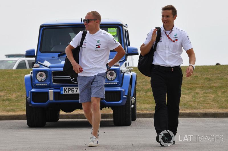 Valtteri Bottas, Mercedes-AMG F1 avec son entraîneur Antti Vierula,