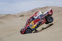 #301 Toyota Gazoo Racing Toyota Hilux: Нассре Аль-Аттія, Маттьйо Бомель