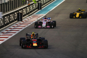 Max Verstappen, Red Bull Racing RB14, leads Sergio Perez, Racing Point Force India VJM11, and Carlos Sainz Jr., Renault Sport F1 Team R.S. 18