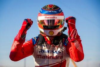 Jérôme d'Ambrosio, Mahindra Racing, festeggia la vittoria