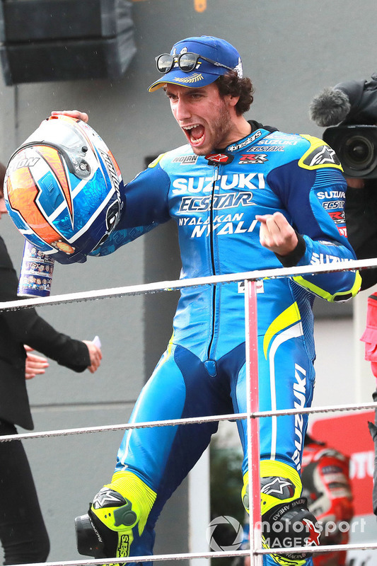 Podio: il secondo classificato Alex Rins, Team Suzuki MotoGP