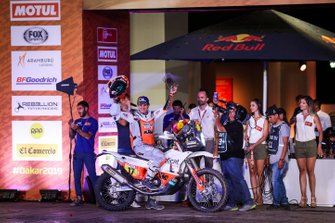 Подіум: Red Bull KTM Factory Racing KTM: Лайя Санс