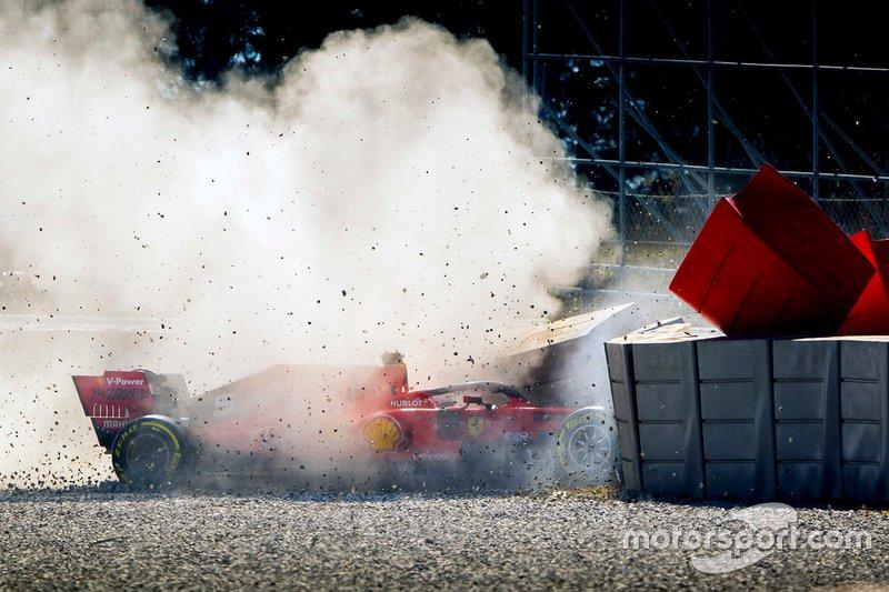 Sebastian Vettel, Ferrari kecelakaan
