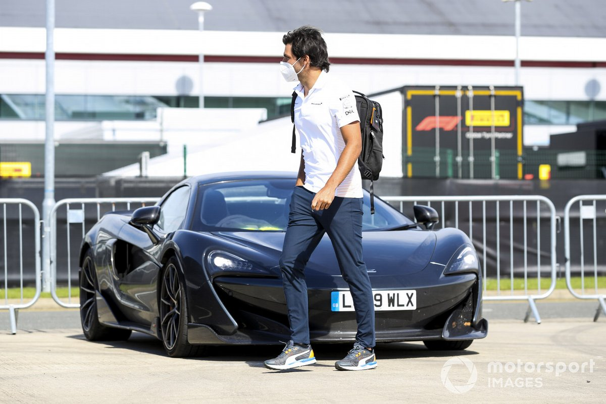 Carlos Sainz Jr., McLaren arrives