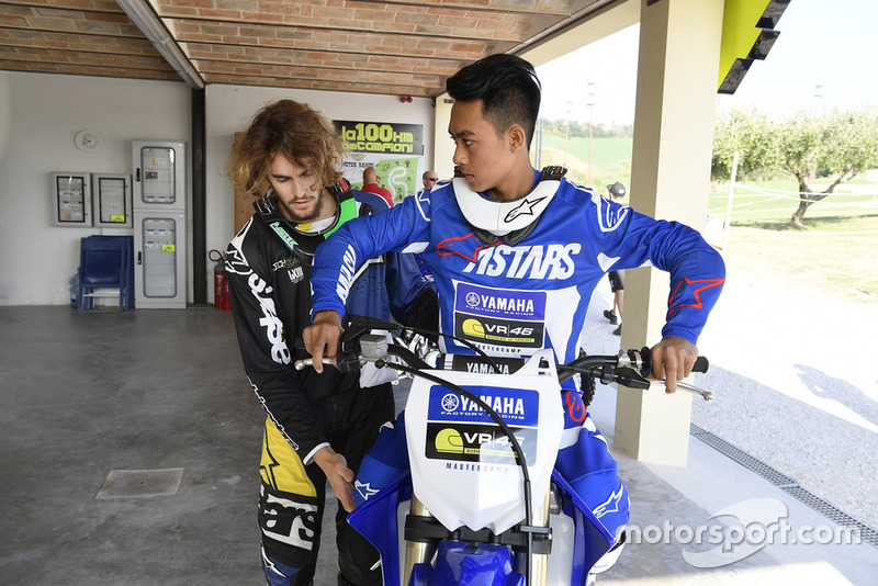 Faeroz mendapat pelatihan dari Stefano Manzi