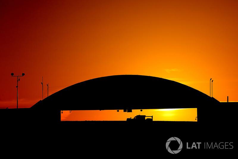 1. Amanece en  Le Mans