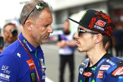 Wilco Zeelenberg mit Maverick Viñales, Yamaha Factory Racing