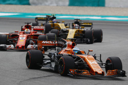 Fernando Alonso, McLaren MCL32, Sebastian Vettel, Ferrari SF70H, Nico Hulkenberg, Renault Sport F1 Team RS17, Jolyon Palmer, Renault Sport F1 Team RS17