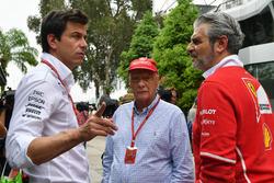 Toto Wolff, Mercedes AMG F1 Director of Motorsport, Maurizio Arrivabene, Ferrari Team Principal and Niki Lauda, Mercedes AMG F1 Non-Executive Chairman