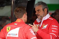 Sebastian Vettel, Ferrari et Maurizio Arrivabene, directeur de Ferrari