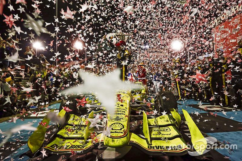 Финикс: успех действующего чемпиона