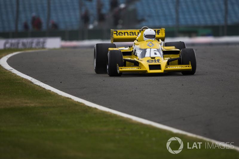 René Arnoux, Renault Sport F1 Team RS01