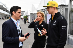 Nico Hulkenberg, Renault Sport F1 Team talks with Rodrigo Sanchez, Marketing Manager Mexico GP