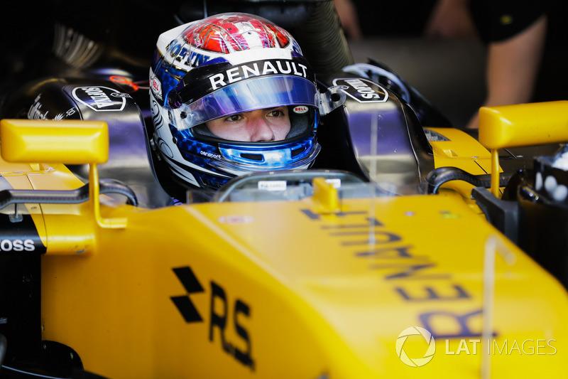 Николя Латифи, Renault Sport F1 Team RS17