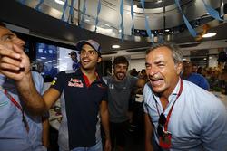Pedro de la Rosa, Carlos Sainz Jr., Scuderia Toro Rosso, Fernando Alonso, McLaren, who celebrates his 36th birthday, Carlos Sainz