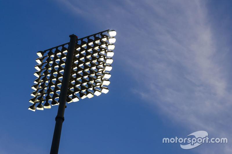 الأضواء