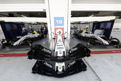 Williams FW40 front wings