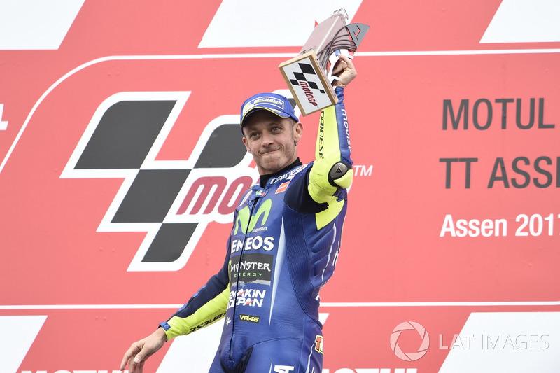 Через 385 днів... Валентино Россі знову виграв
