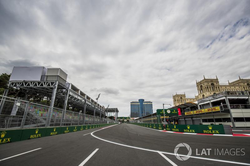 Blick auf Kurve 1 in Baku
