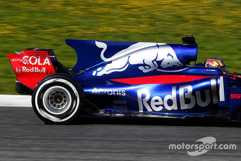 2017: Carlos Sainz, Jr., Scuderia Toro Rosso STR12
