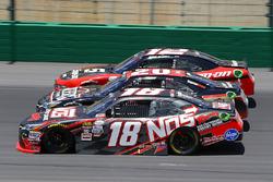 Kyle Busch, Joe Gibbs Racing Toyota, Erik Jones, Joe Gibbs Racing Toyota and Ryan Blaney, Team Pensk