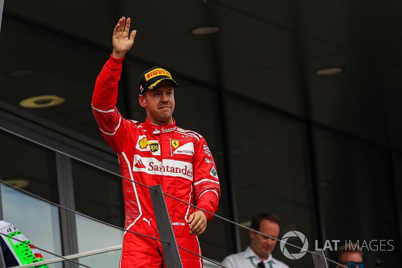 Подіум: друге місце Себастьян Феттель, Ferrari
