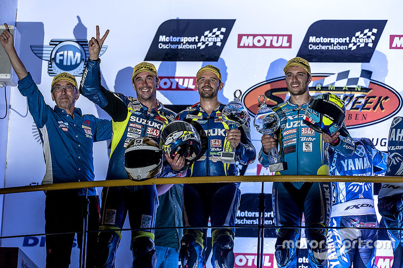 Podium: #1 Suzuki Endurance Racing Team, Suzuki GSX R 1000: Vincent Philippe, Anthony Delhalle, Etie